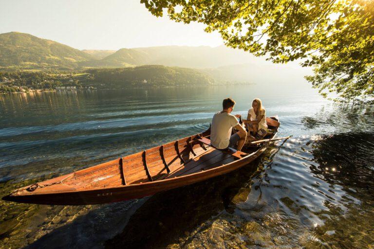 Romantik im Ruderboot am Millstättersee