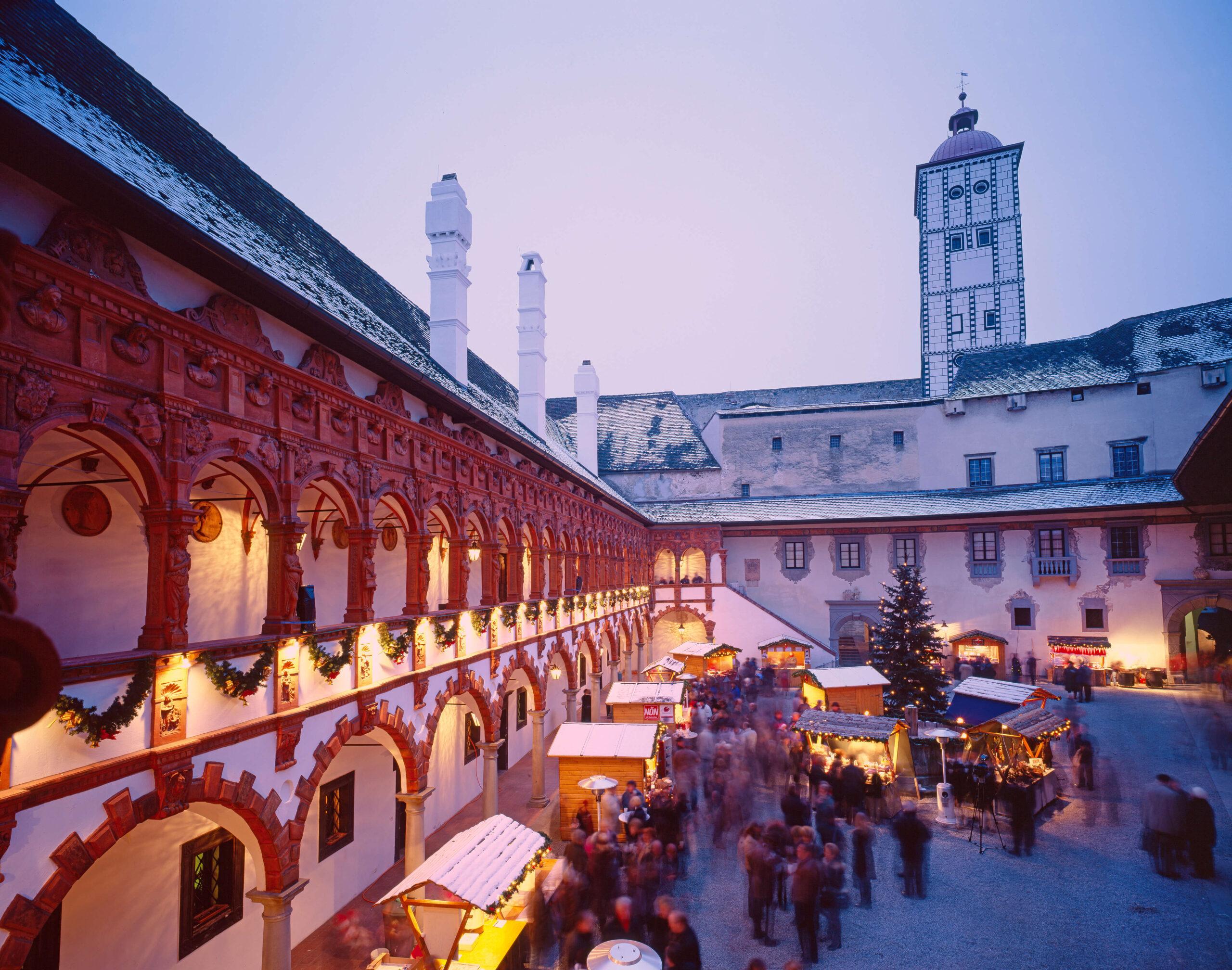 Weihnachtsmarkt Schallaburg