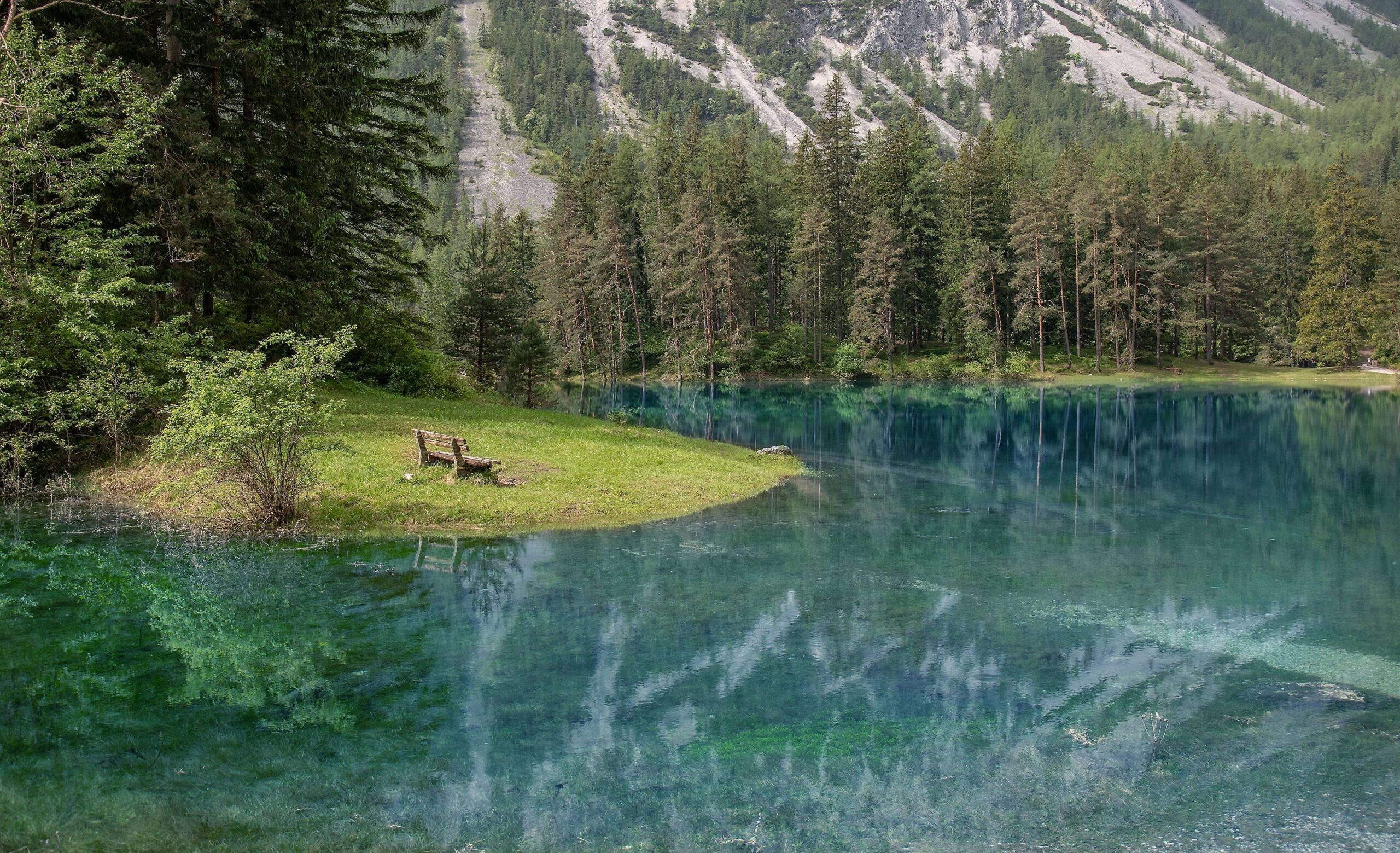 Grüner See am Berg