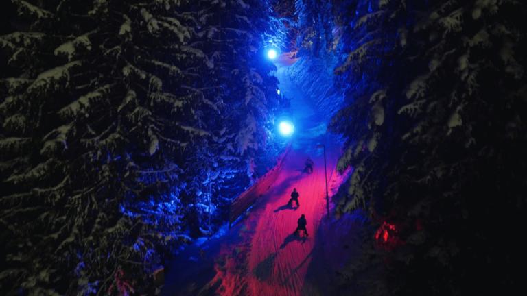 Beleuchtete Skiwelt in Söll