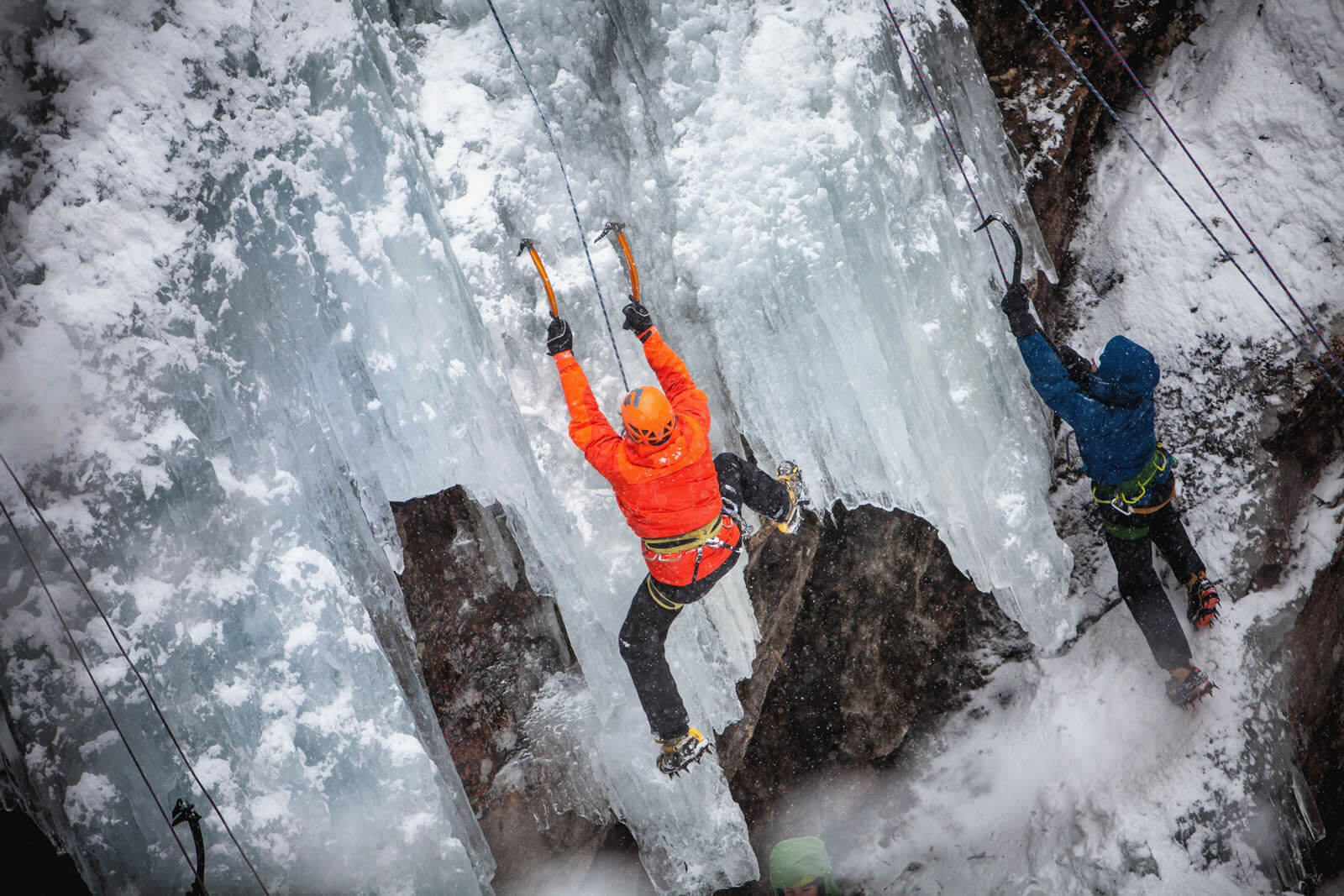 Eiskletterer am Pitztaler Gletscher